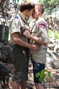 Bareback Scouts Earn A Badge?> - 17
