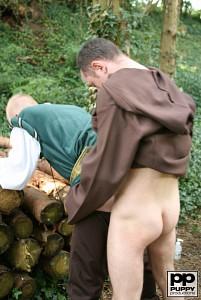 Robin Hood's Band of Barebackers | Scene One?> - 53