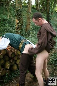 Robin Hood's Band of Barebackers | Scene One?> - 55