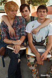 Schoolboy Threesome?> - 3