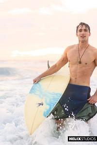 Surfer Solo?> - 3