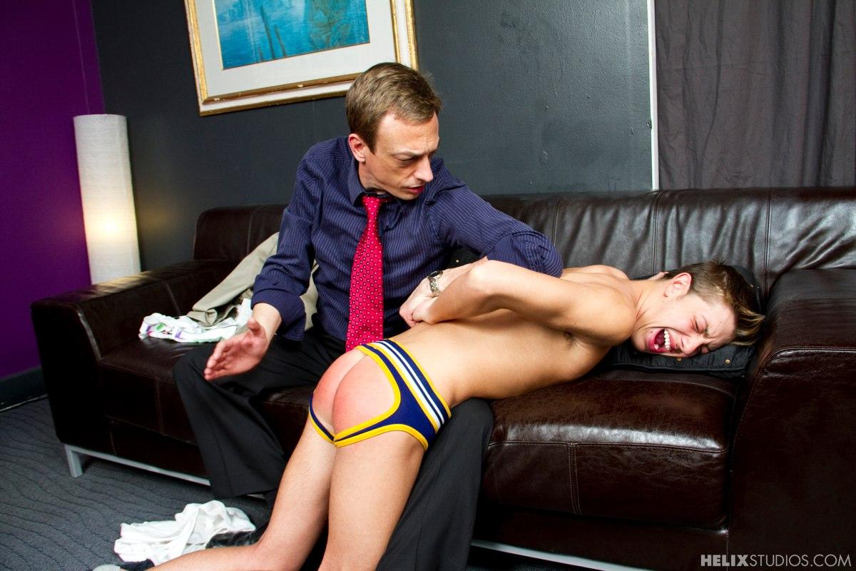 Gay man spanking porno